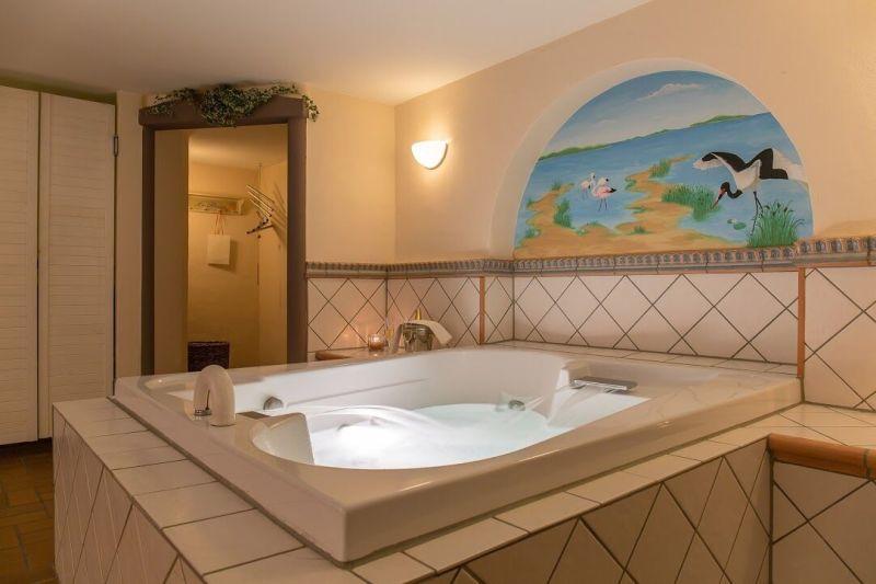 verw hnhotel bastenhaus dannenfels wellness massage und beautyanwendungen. Black Bedroom Furniture Sets. Home Design Ideas